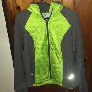 Quilted exercise jacket green gray
